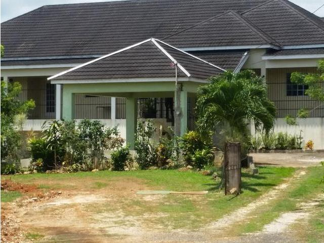 House For Sale In Linstead St Catherine Biznizout Com