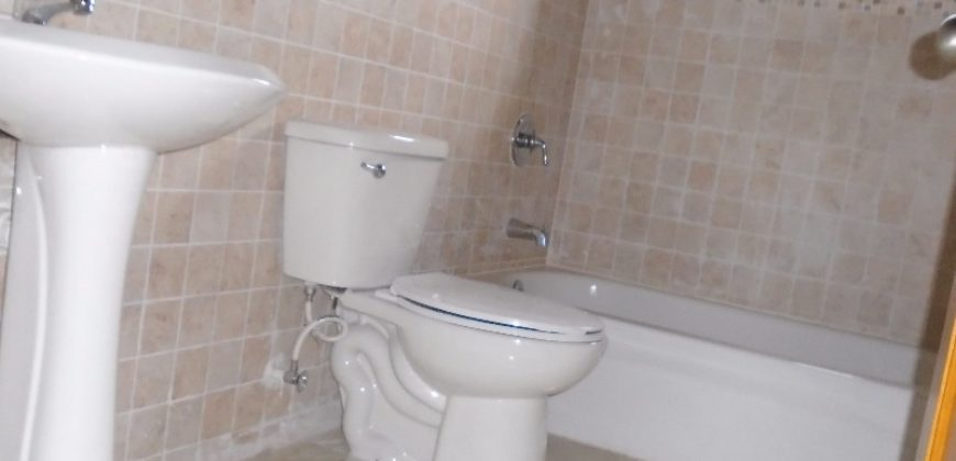 Two bedroom one bathroom apartment in excellent condition ...